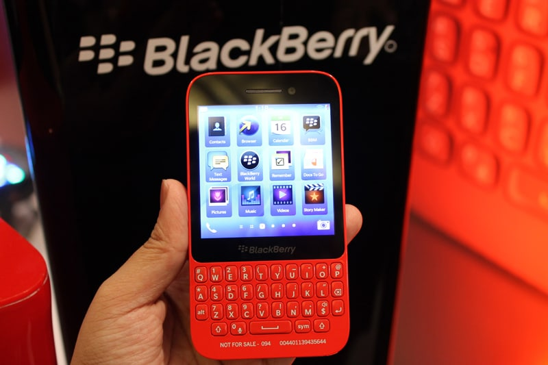 BlackBerry Q5 first impressions and hands on