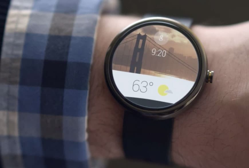 With an eye on Apple Watch, Google to unleash two killer features