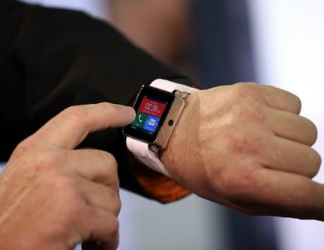 BMW developing cars that can be parked using smartwatches