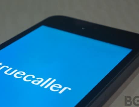 Truecaller for iOS updated with redesigned UI, and widget support