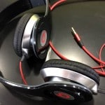 Apple to buy Beats Audio for $3.2 billion in what…