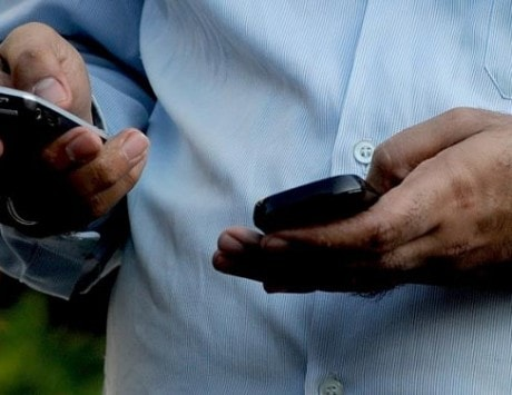 Mobile broadband subscriptions to reach 2.3 billion worldwide by year-end: Report