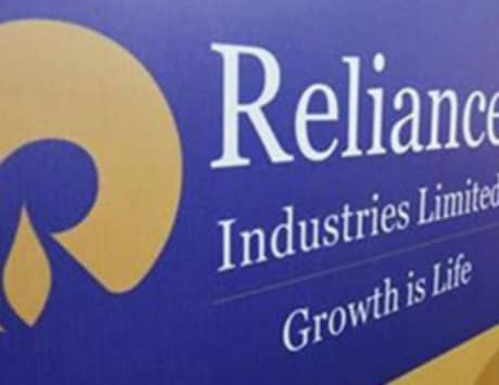 Reliance Jio signs mobile tower pact with Tower Vision