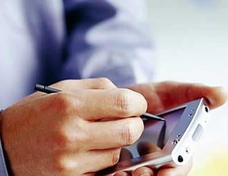 Smartphone shoppers in India rise over 100 percent in 2 years: Survey