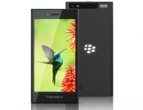BlackBerry Leap with 5-inch HD display, 25 hours battery backup and LTE support launched at MWC 2015