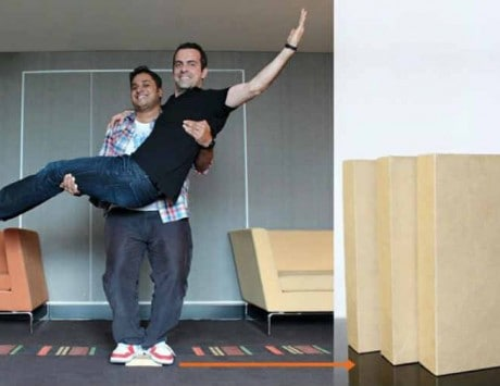 Hugo Barra risks breaking his bones to demonstrate Xiaomi's indestructible packaging box