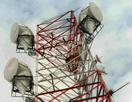 Telecom sector reaches 5 lakh mobile tower mark with 10.44 lakh cr investment