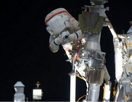 Spacesuit malfunction forces NASA to terminate ISS spacewalk