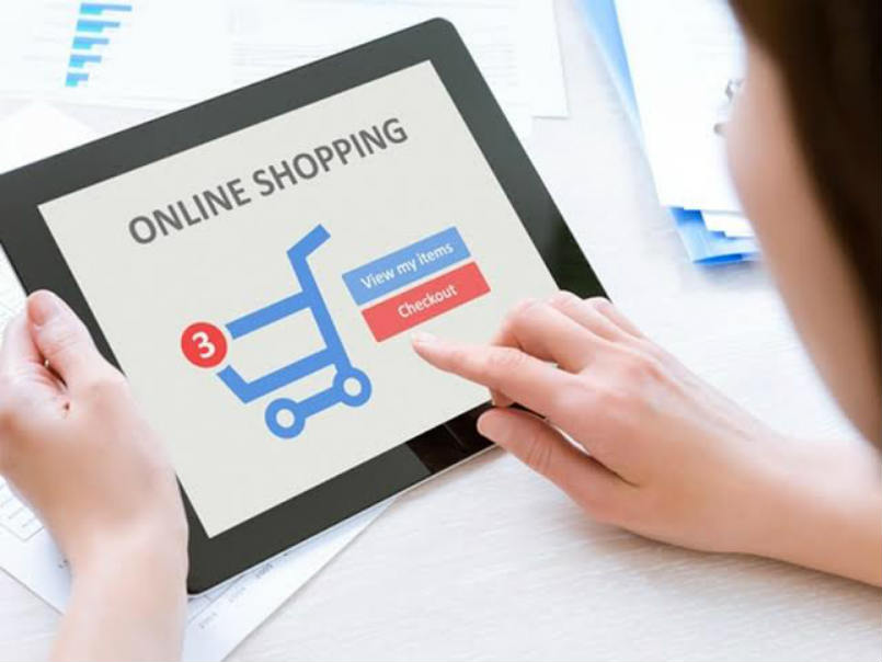 Online shopping through smartphones grows in India: Study ...