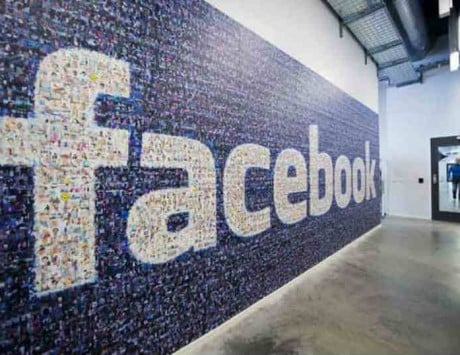 Facebook to support new political ad rules in US