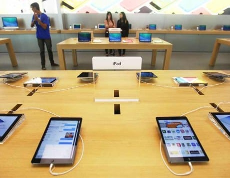 Apple files application to setup offline, online stores in India