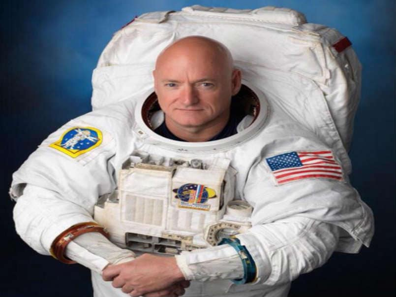mike kelly astronaut - photo #24