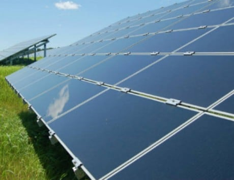 Over 300,000 workers to be employed in solar, wind energy sectors in India: Report