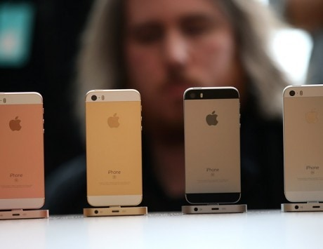 Apple iPhone SE 2 launch likely by March