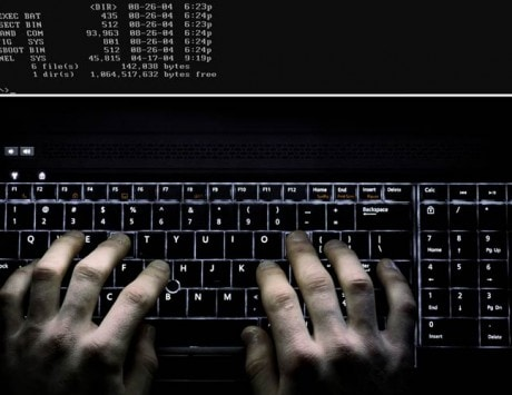 Hacker create fake Zoom, Google Meet website to attack users