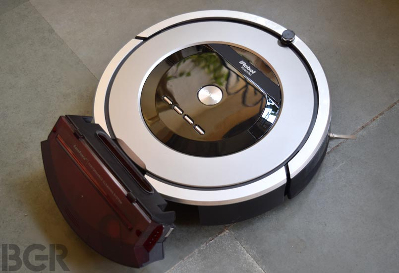 iRobot Roomba 886 review: A robotic maid you deserve, but ...
