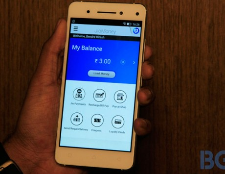 Reliance planning to push JioMoney payments at small retail stores: Report