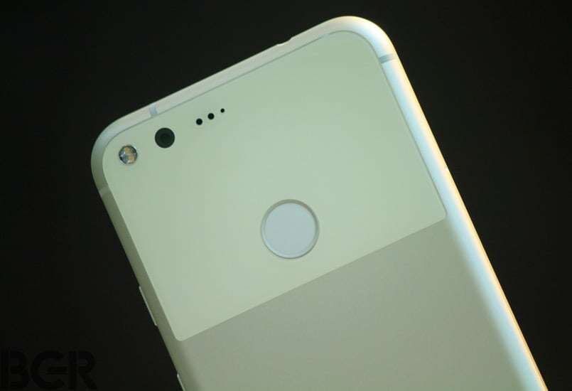 Google acknowledges lens flare issue on Pixel, Pixel XL, software fix on its way