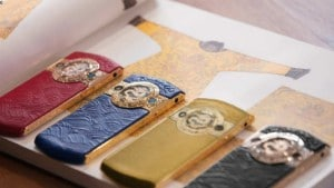 China's social media users criticize Forbidden City-themed luxury smartphone