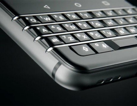 BlackBerry 'Mercury' smartphone with QWERTY keypad unveiled at CES 2017
