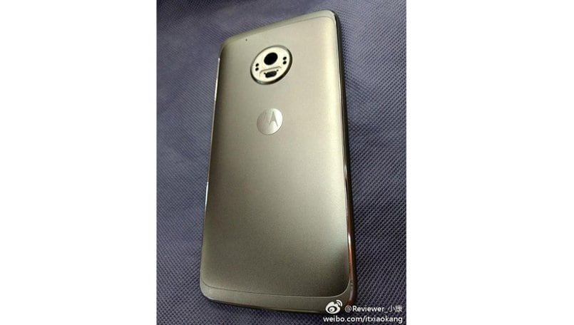 Moto G5 Plus metal unibody, circular camera module shown off in leaked images