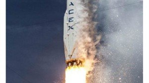 SpaceX Dragon to deliver crew supplies: Research to ISS