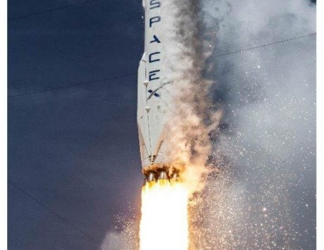 SpaceX's rocket Falcon Heavy completes hold-down firing test