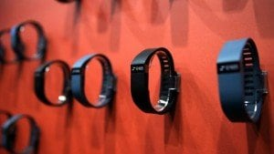 Fitbit devices accurately tracks sleep stages: Study