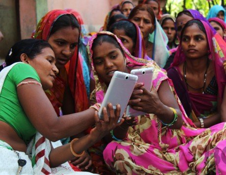 Facebook to offer digital literacy program for women