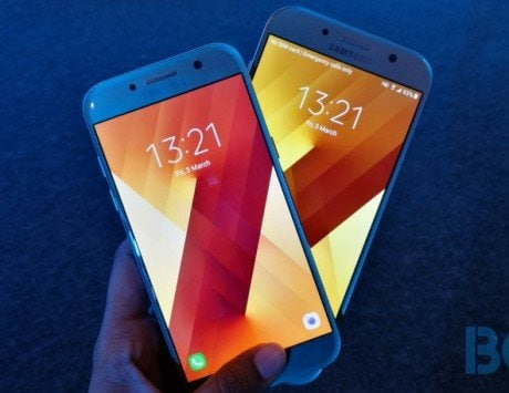 Samsung Galaxy A7 (2017), Galaxy A5 (2017) updated to Android Nougat in India