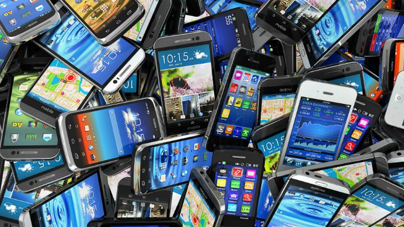 Mobile phones could get more expensive as government mulls customs duty on mobiles after GST implementation