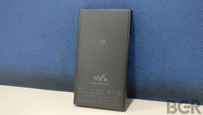 sony walkman nwa35 back