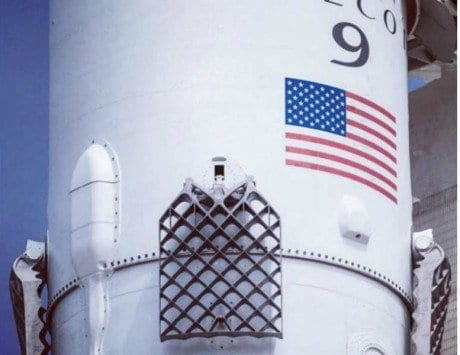 SpaceX successfully launches Falcon 9 carrying 10 communication satellites to space