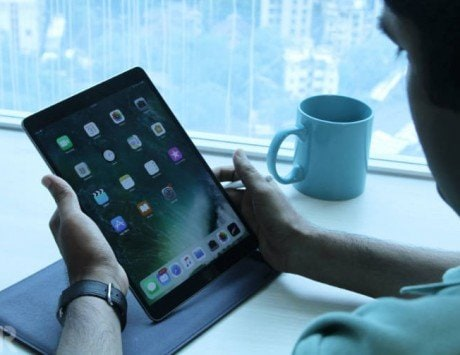 Listen to mom, bad posture due to gadgets could give you an 'iPad neck'