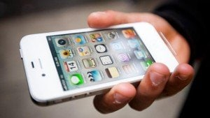 Apple iPhone 4S allegedly causes fire, plaintiffs seek over $75,000 in damages