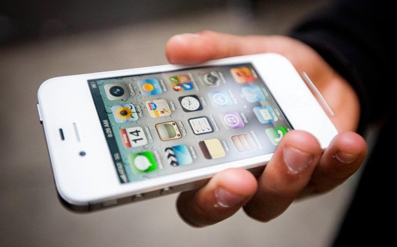 Apple iPhone 4S allegedly causes fire, plaintiffs seek over $75000 in damages