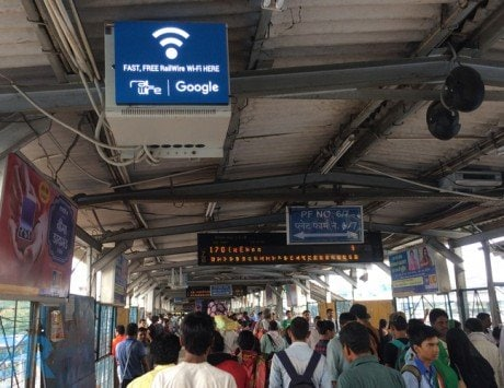 Google testing paid version of free Wi-Fi service at select stations