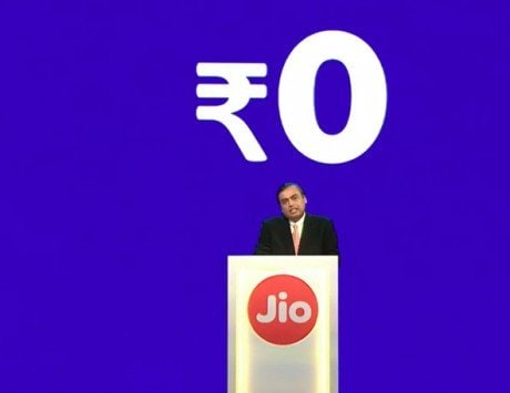 Jio lashes out at large telcos, COAI over 'defamatory' remarks