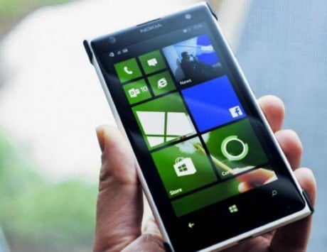 Windows phones dead, Microsoft finally admits