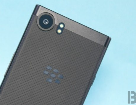 BlackBerry, Punkt sign licensing deal to secure smart devices
