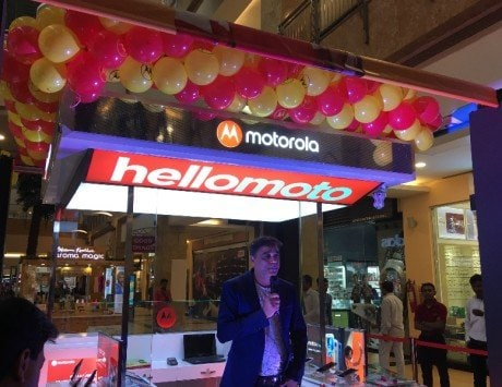 Motorola to open 50 Moto Hubs in Delhi