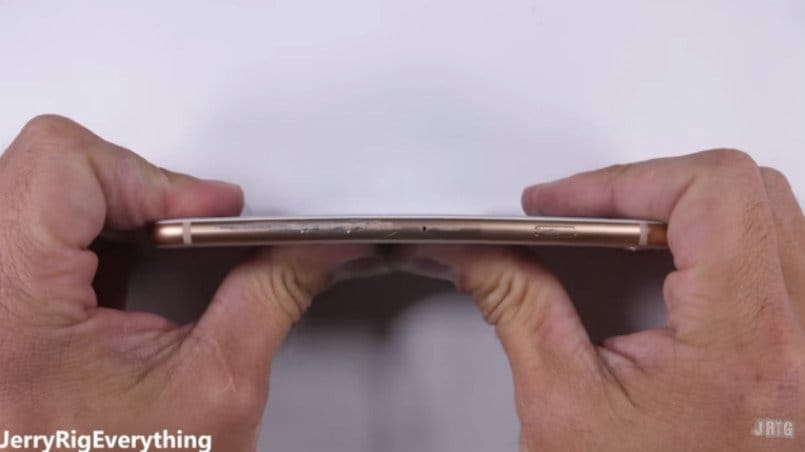 Apple-iphone-8-bend-test