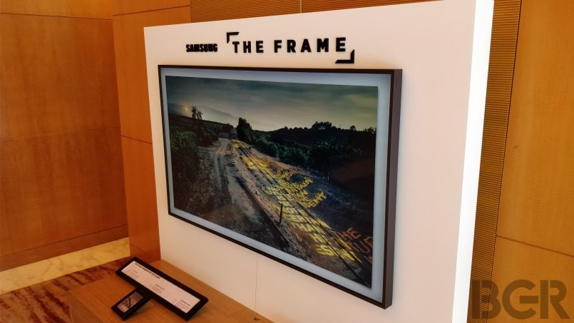 samsung the frame first impressions a tv that likes to be. Black Bedroom Furniture Sets. Home Design Ideas