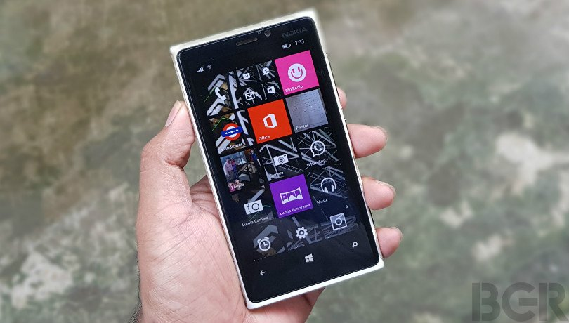 Windows 10 mobiles can now be updated directly from PC