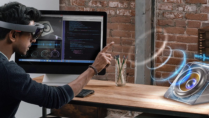 Next Microsoft HoloLens rumored to launch in Q1, 2019