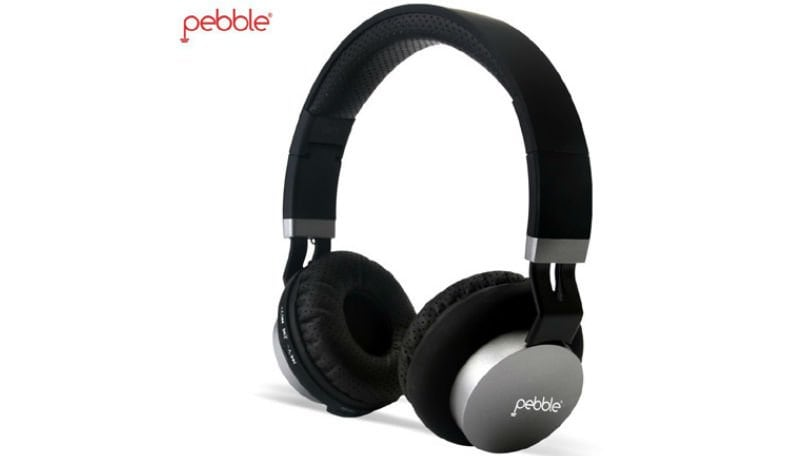 Pebble headphones