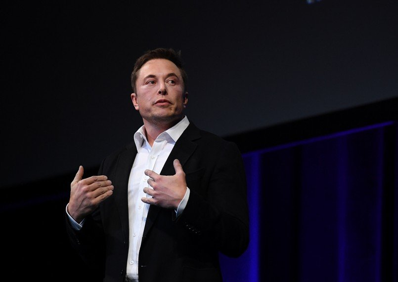 Elon Musk settles with SEC by stepping down as Chairman, will remain CEO