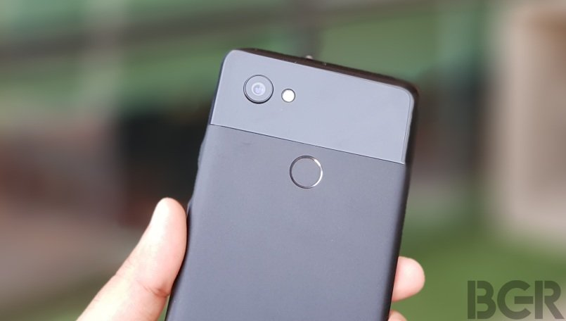 Google Pixel 2 users reporting camera failure after recent software updates