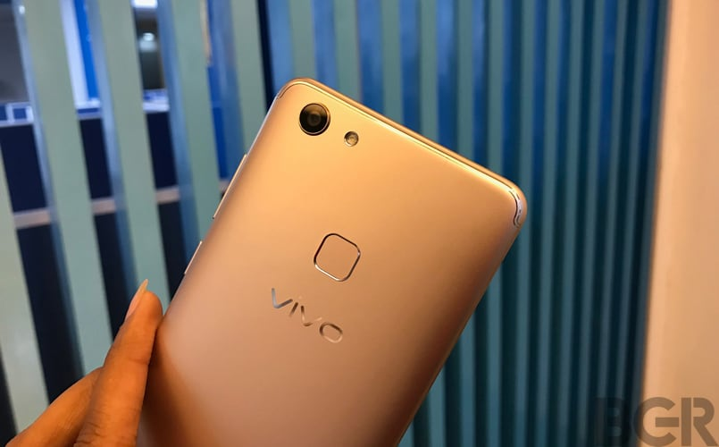Vivo-V7-review-04