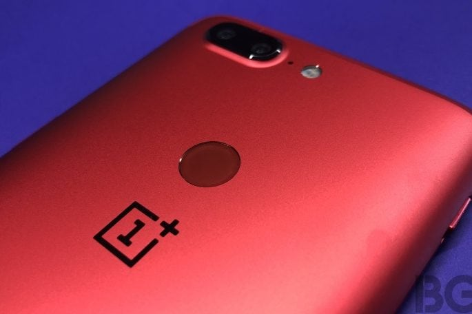 OnePlus opens first authorised offline store in India